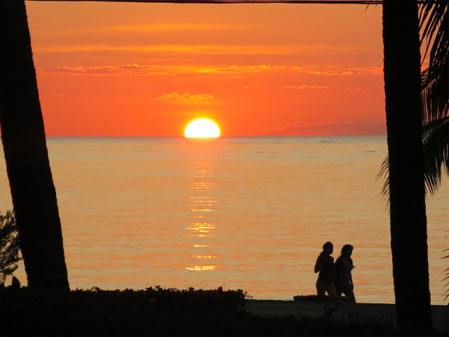tam 2015-sunset-at-Villa-coronado-640x480 (3)