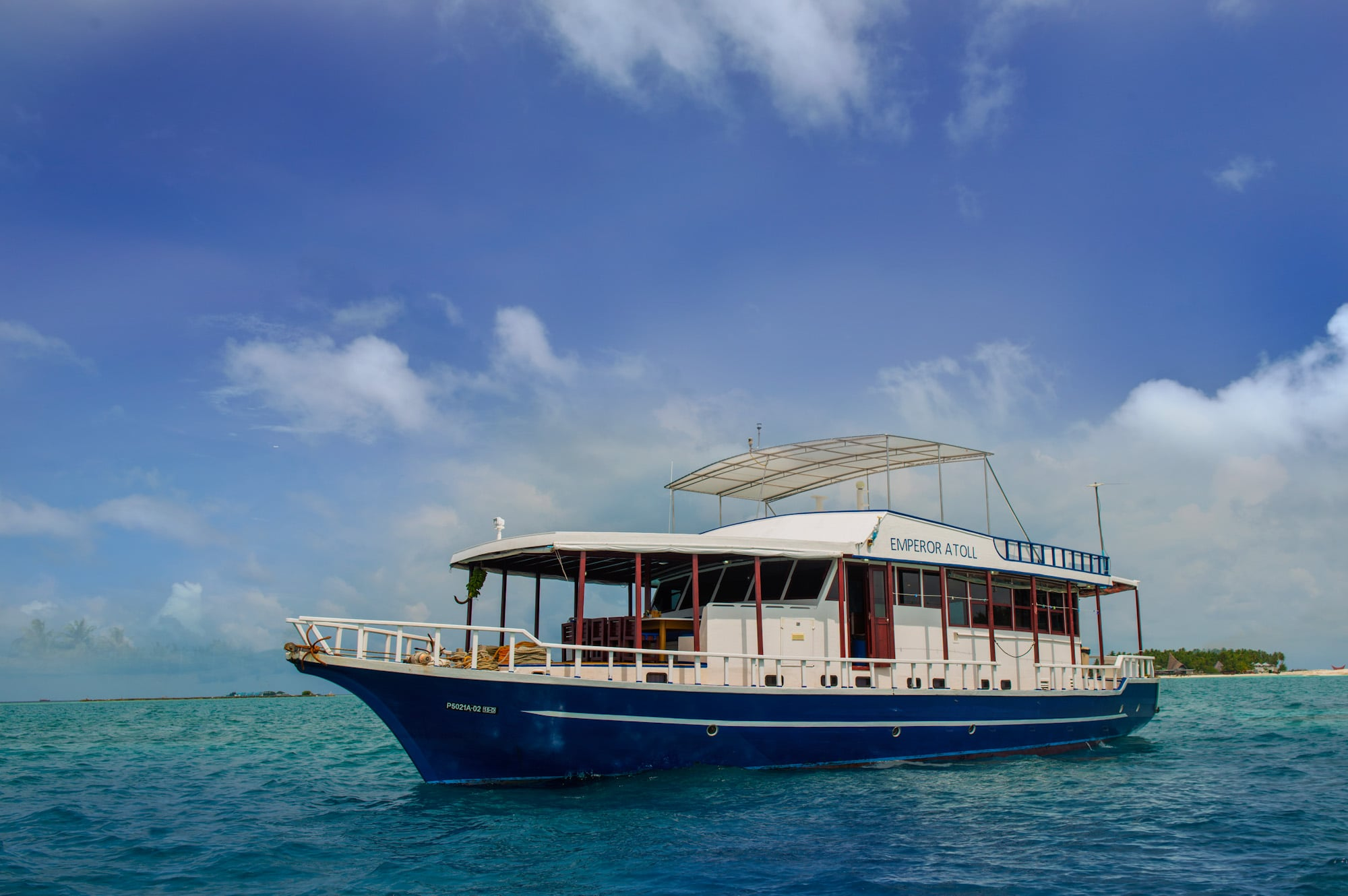 Emperor Atoll and incredible marine encounters await you in the Maldives