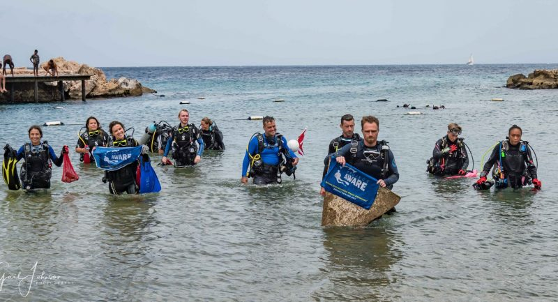 Curacao-Underwater-and-Beach-Clean-up-1.jpg