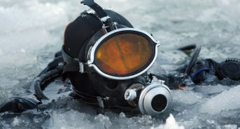 DW_Antarctica-diving.jpg