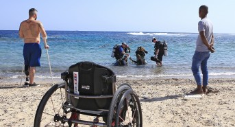 Deptherapy-programme-members-undertaking-open-water-training-at-Roots-Red-Sea-in-Autumn-2016.-Photo-Dmitry-Knyazev-e1484847551836.jpeg