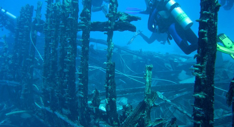 Wreck-Diving-Top-Sites-Around-the-World.jpg